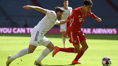 Bayern Munich mất điểm trên sân nhà