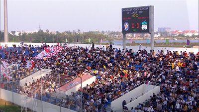 Sân Hòa Xuân đón lượng khán giả kỉ lục ở vòng 8