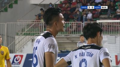 Trương Trọng Sáng làm khán giả ở vòng 1 V.League 2021